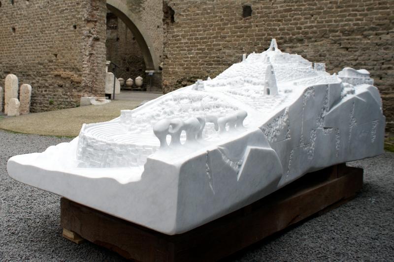 未来心の丘原型